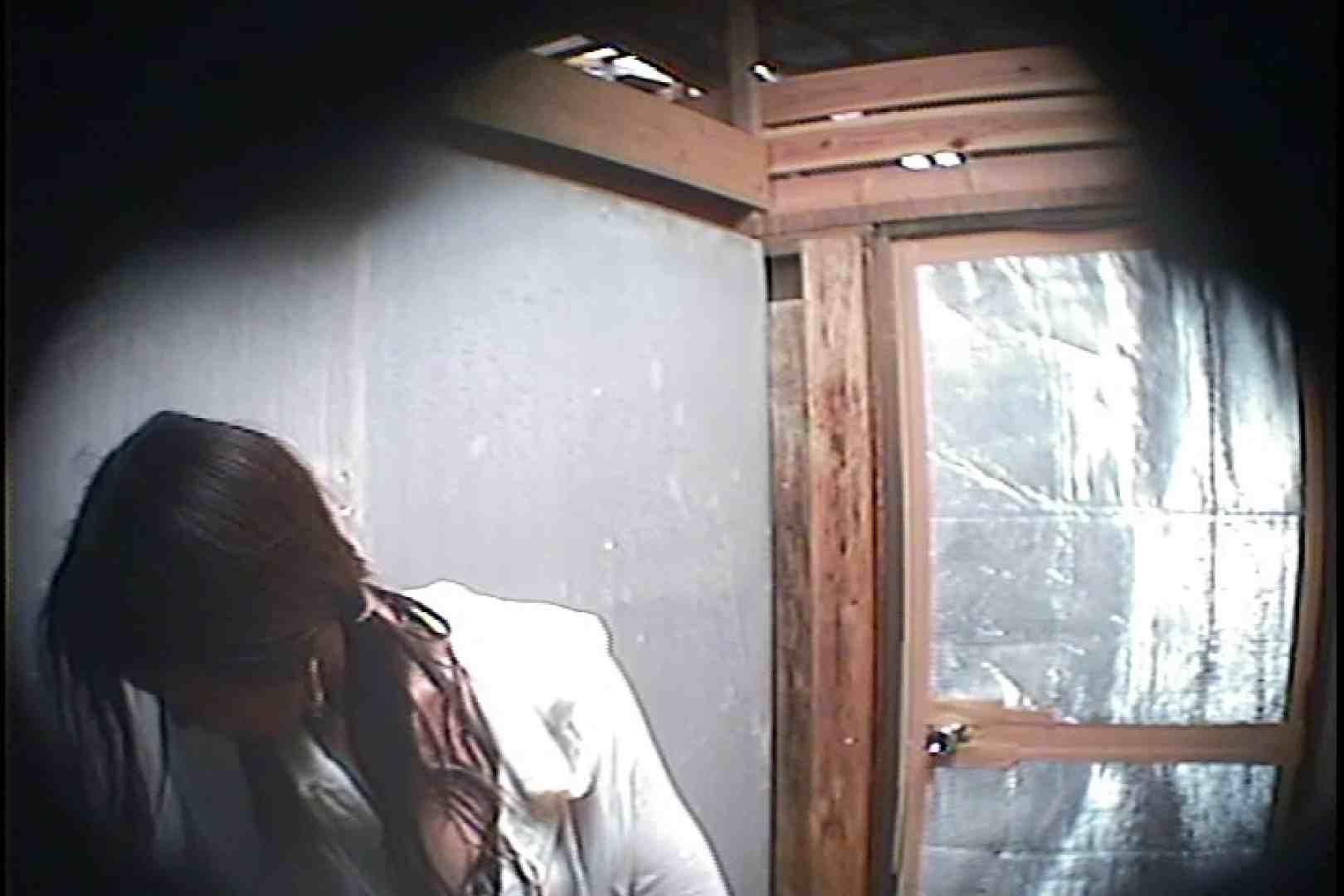 海の家の更衣室 Vol.45 シャワー中 | 美女達のヌード  64連発