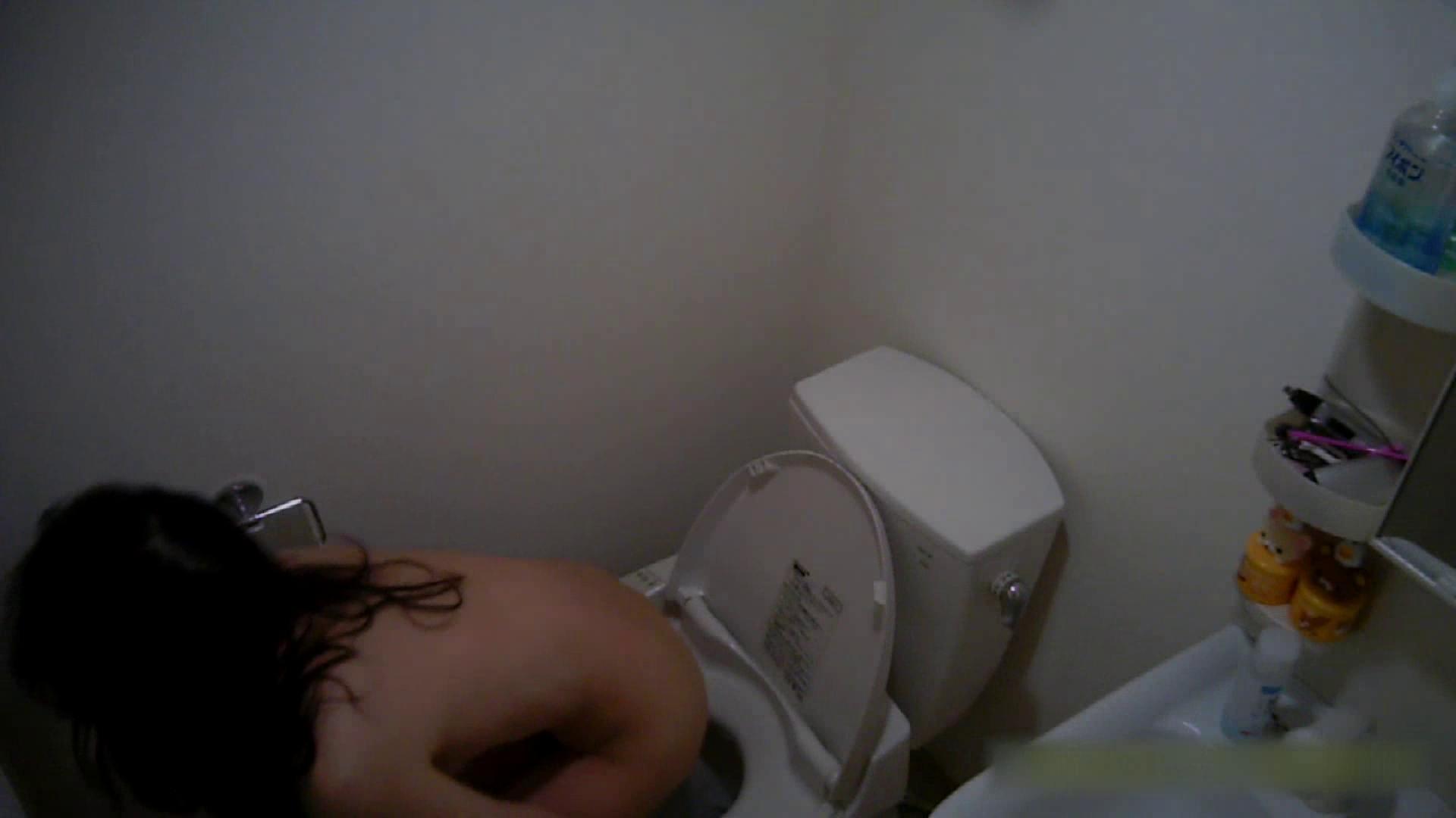 清楚な顔してかなり敏感なE子25歳(仮名)Vol.05 裸でトイレ編 トイレ中 | OL  68連発